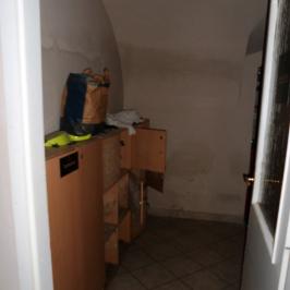 Eladó  üzlet (Budapest, VI. kerület) 29,9 M  Ft