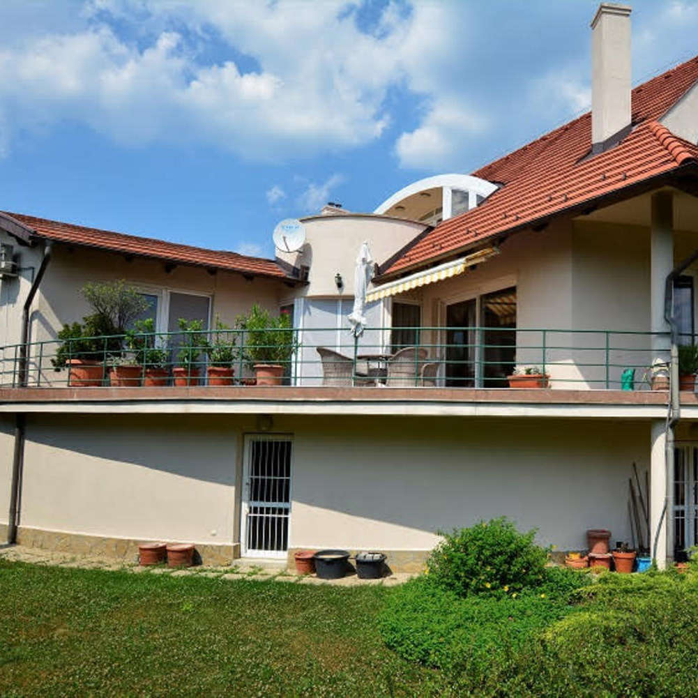 Eladó  családi ház (Pest megye, Telki) 129 M  Ft