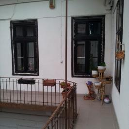 Eladó  téglalakás (Budapest, VI. kerület) 91,5 M  Ft