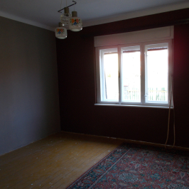 Eladó  családi ház (Budapest, XXI. kerület) 32 M  Ft