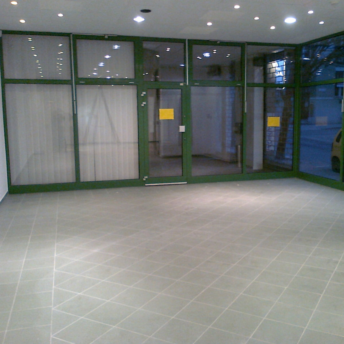 Eladó  üzlet (Kaposvár) 9,8 M  Ft