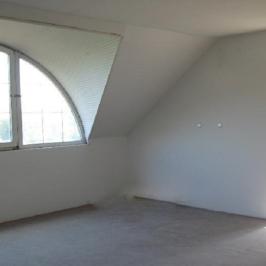 Eladó  családi ház (Herceghalom) 99,9 M  Ft