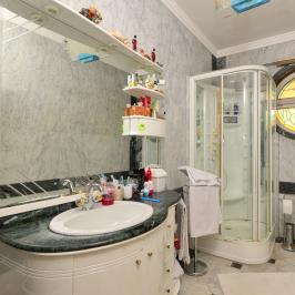 Eladó  családi ház (Budapest, XIV. kerület) 220 M  Ft