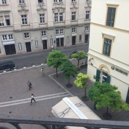 Kiadó  téglalakás (<span class='notranslate'>Budapest, V.  </span>kerület) 474,5 E   <span class='notranslate'>Ft</span>/hó