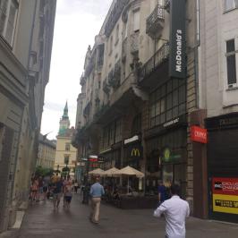 Kiadó  iroda (<span class='notranslate'>Budapest, V.  </span>kerület) 455 E   <span class='notranslate'>Ft</span>/hó