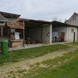 Eladó  családi ház (Gelsesziget) 9 M  Ft