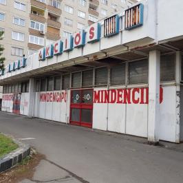 Eladó  üzlet (Budapest, III. kerület) 305 M  Ft +ÁFA
