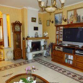 Eladó  családi ház (Szentendre, Pismány) 139 M  Ft