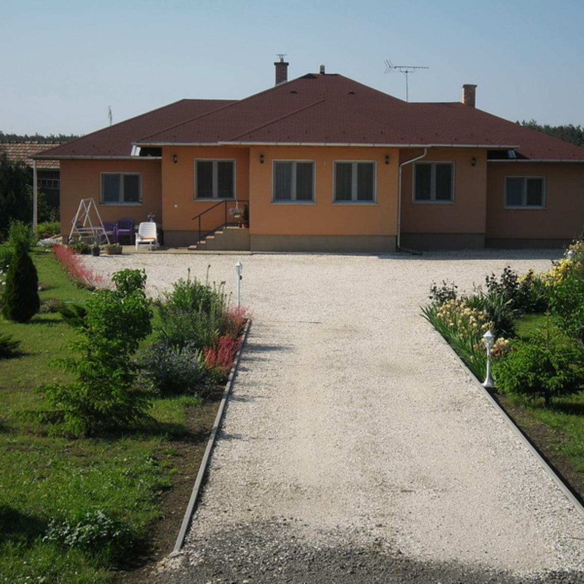 Eladó  családi ház (Csömör, Levendula utca) 113,8 M  Ft