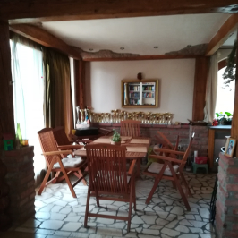 Eladó  családi ház (Szentendre, Tyúkosdűlő) 97 M  Ft