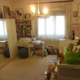 Eladó  családi ház (Fót) 35,2 M  Ft