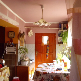 Eladó  családi ház (Napkor) 9,8 M  Ft