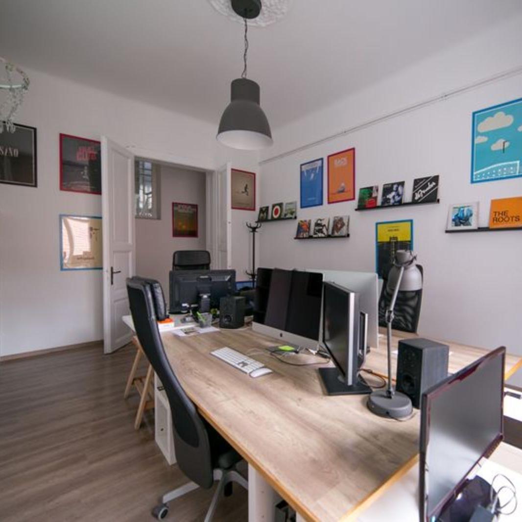 Kiadó  iroda (Budapest, VI. kerületBudapest, VI. kerület, Király u.) 875 E  Ft/hó +ÁFA