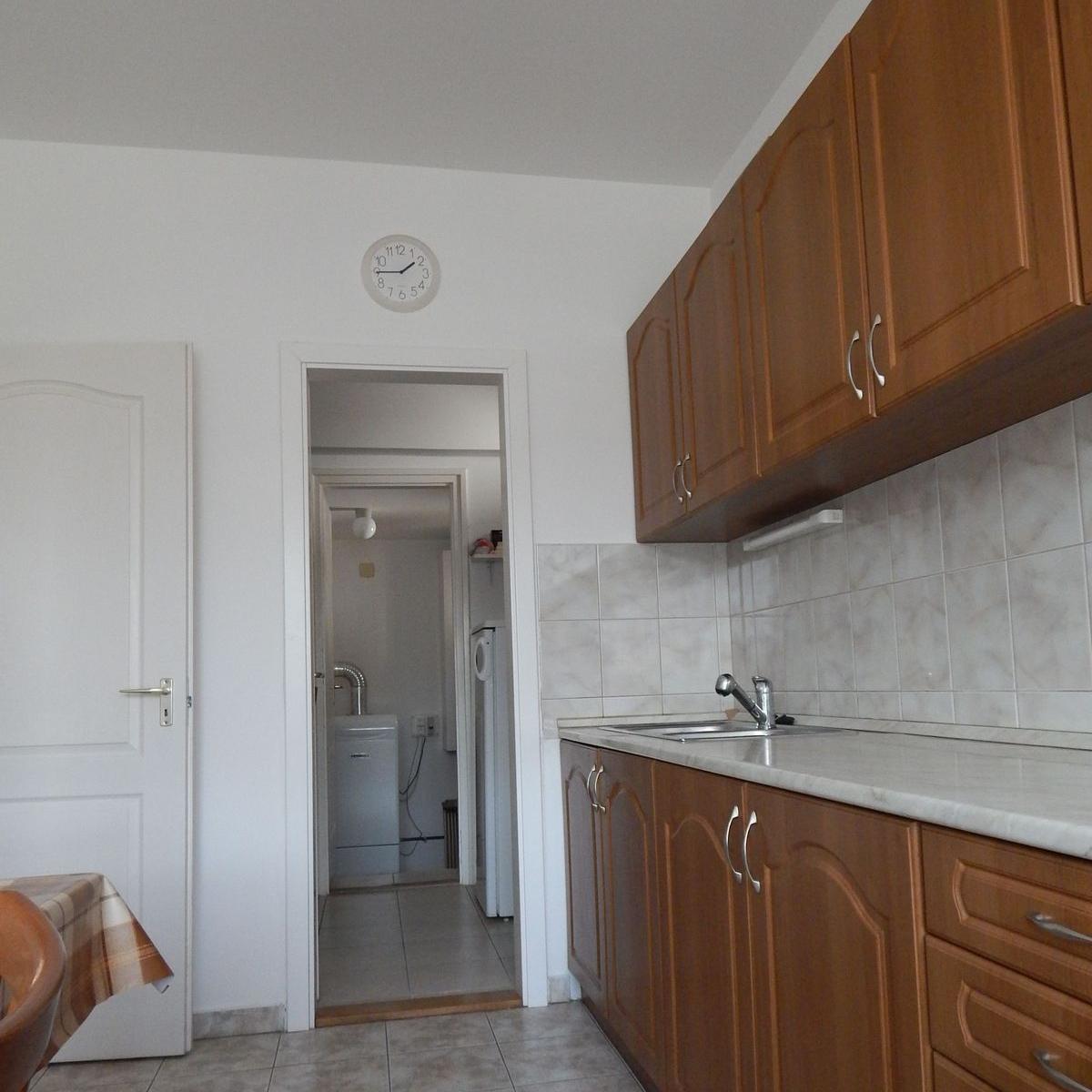 Eladó  családi ház (Bezenye) 35,99 M  Ft