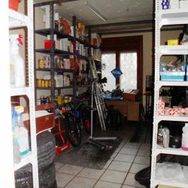 Kiadó  üzlet (Budapest, XI. kerület) 320 E  Ft/hó