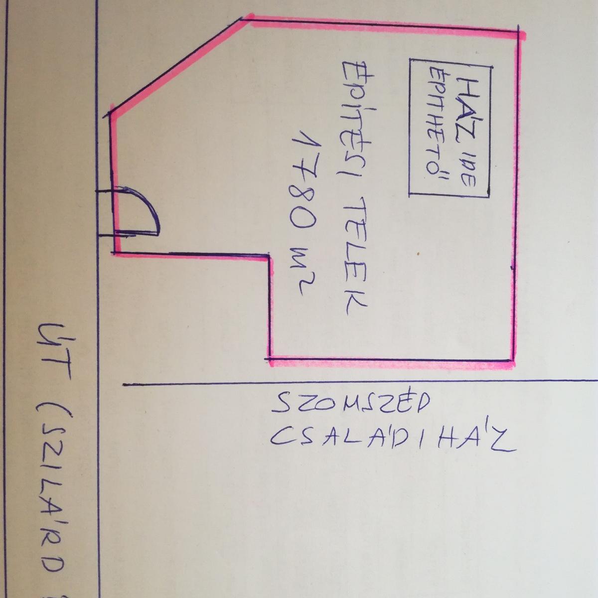 Eladó  telek (Dunaújváros) 4 M  Ft