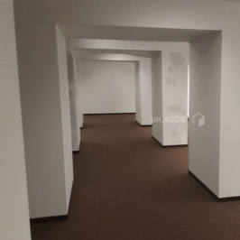 Kiadó  iroda (Budapest, III. kerület) 900 E  Ft/hó +ÁFA