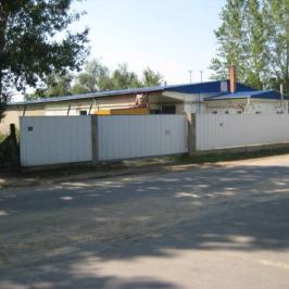 Eladó  ipari ingatlan (Nyíregyháza) 120 M  Ft