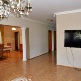 Eladó  családi ház (Dunavecse) 46 M  Ft