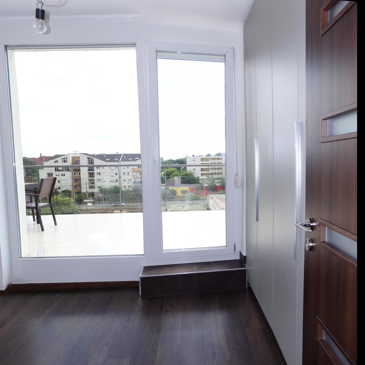 Eladó  téglalakás (Budapest, XIII. kerület) 97 M  Ft