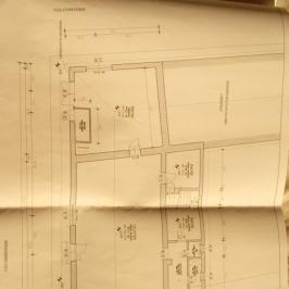 Eladó  üzlethelyiség utcai bejáratos (Szalkszentmárton) 23,5 M  Ft