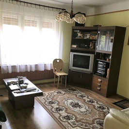 Eladó  családi ház (Szigethalom, Központ) 27,5 M  Ft