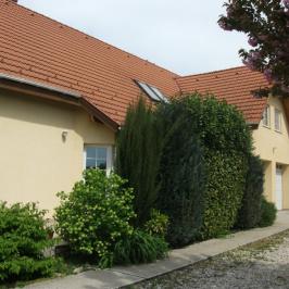 Eladó  családi ház (Budakalász, Szent István-telep) 69,9 M  Ft