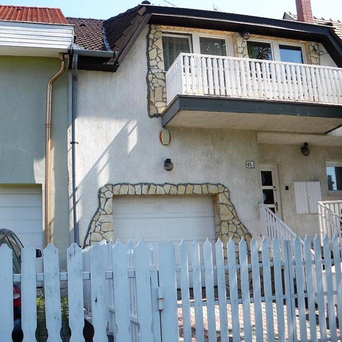 Eladó  sorház (Pest megye, Budaörs) 59,9 M  Ft