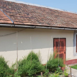 Eladó  üzlethelyiség utcai bejáratos (Dunaharaszti, Óváros) 39,99 M  Ft