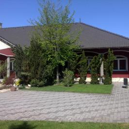 Eladó  családi ház (<span class='notranslate'>Dunaföldvár</span>, <span class='notranslate'>Külvég</span>) 130 M   <span class='notranslate'>Ft</span>