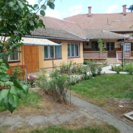 Eladó  családi ház (<span class='notranslate'>Mezőtúr</span>, <span class='notranslate'>Belváros</span>) 20 M   <span class='notranslate'>Ft</span>
