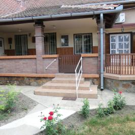 Eladó  családi ház (Mezőtúr, Belváros) 20 M  Ft
