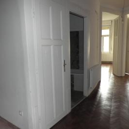 Eladó  téglalakás (Budapest, II. kerület) 69 M  Ft