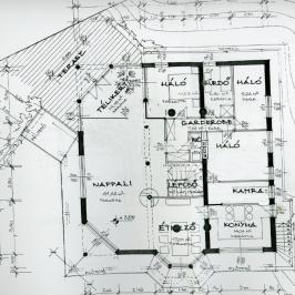 Eladó  családi ház (Százhalombatta, Óváros) 68 M  Ft