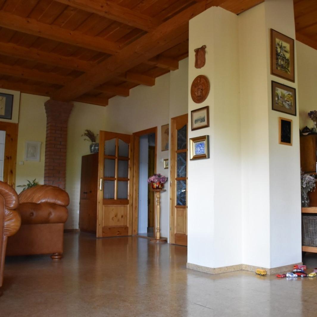 Eladó  családi ház (Százhalombatta) 68 M  Ft