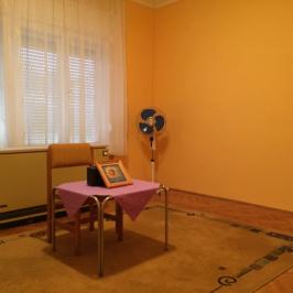 Eladó  családi ház (<span class='notranslate'>Paks</span>, <span class='notranslate'>Óváros</span>) 38,9 M   <span class='notranslate'>Ft</span>