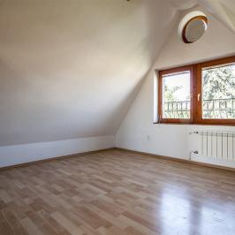 Kiadó  családi ház (Budapest, III. kerület) 627 E  Ft/hó