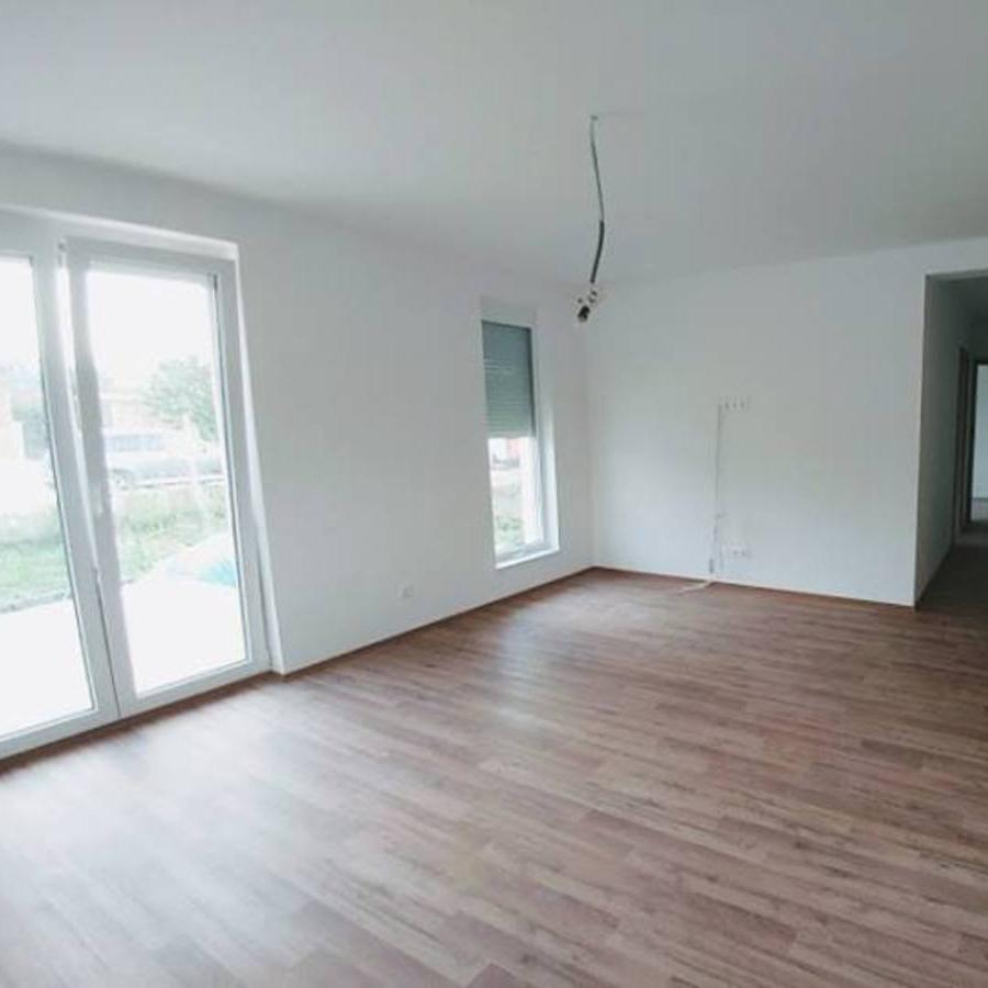Eladó  családi ház (Győr-Moson-Sopron megye, Sopron) 32,9 M  Ft
