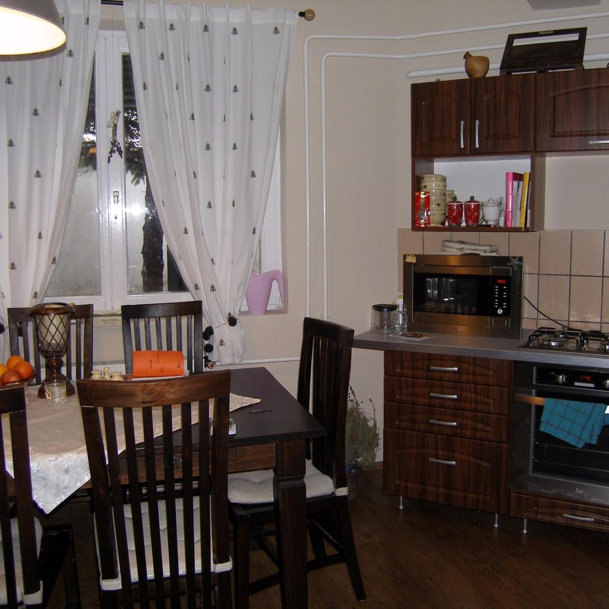 Eladó  családi ház (Budapest, XV. kerület) 56,5 M  Ft