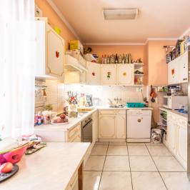Eladó  családi ház (Orosháza, Szőlő) 20 M  Ft
