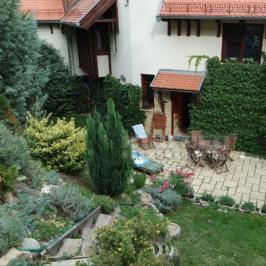 Eladó  családi ház (Budapest, XII. kerület) 260 M  Ft