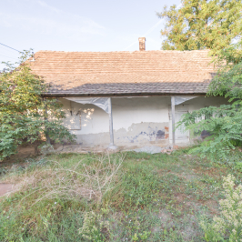 Eladó  családi ház (Orosháza, Belváros) 2,5 M  Ft