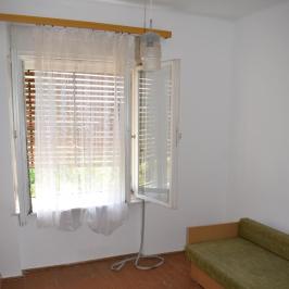 Eladó  családi ház (Németkér) 13,5 M  Ft
