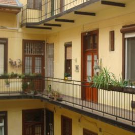 Eladó  téglalakás (Budapest, VII. kerület) 28 M  Ft