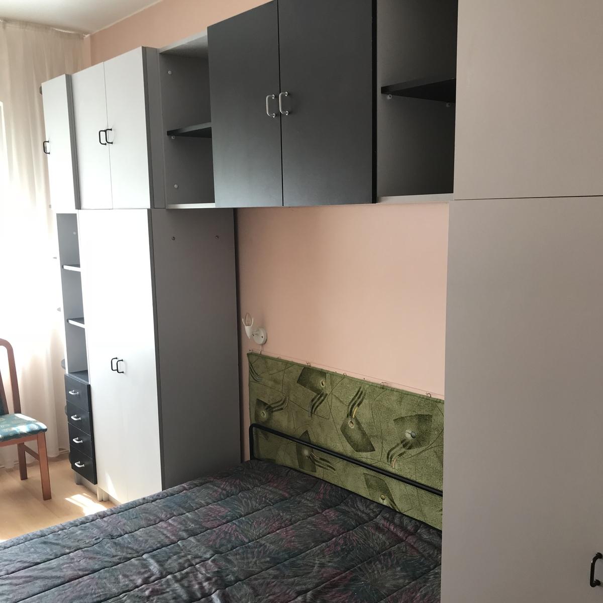 Kiadó  téglalakás (Debrecen) 200 E  Ft/hó