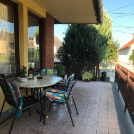 Eladó  családi ház (Balatonlelle, Központ) 42,8 M  Ft