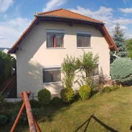 Eladó  családi ház (Budaörs, Kamaraerdő) 129 M  Ft