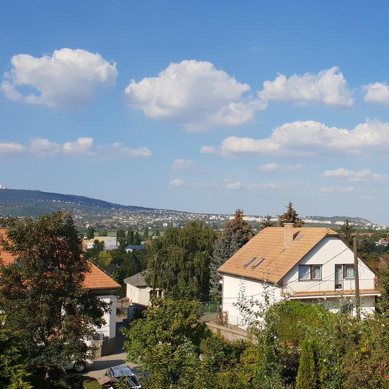 Eladó  családi ház (Budaörs) 129 M  Ft