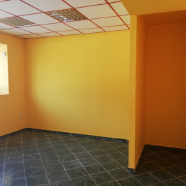 Eladó  üzlet (Tököl, Belváros) 16,9 M  Ft