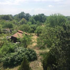 Eladó  nyaraló (Erdőkertes) 19 M  Ft